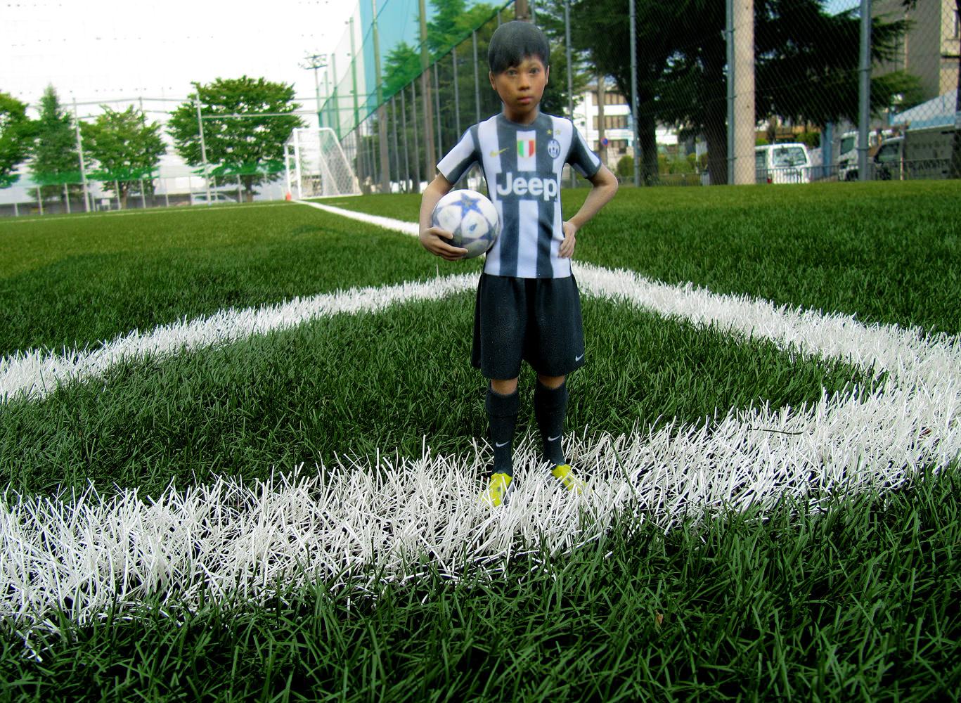 サッカーユニフォームを着たお子さんの3Dフィギュアを作成!