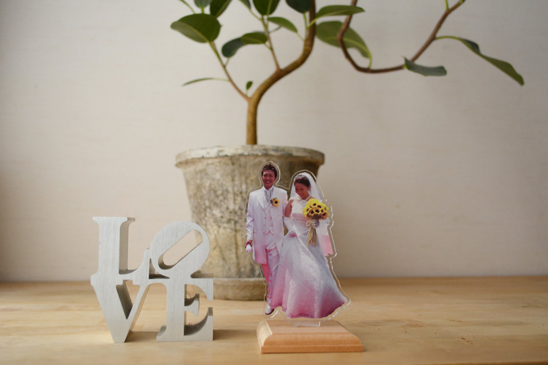 結婚式の思い出をアクリルフィギュアにしてお部屋に飾りましょう
